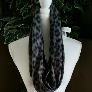 New Old Navy Scarf